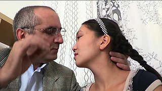 Voluptuous young maid 's cunny is drilled well