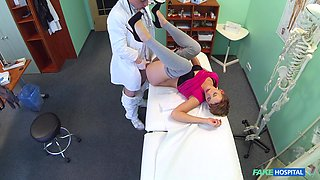 Fucking on the hospital bed between a doctor and sexy Bella
