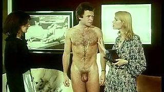 classic 1977 - La Perversion d'une jeune mariee 01