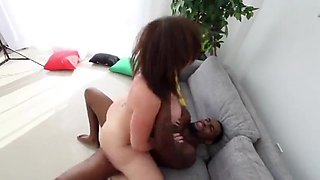 Cheating milf gets creampie from bbc