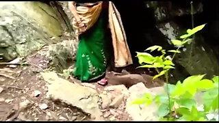bhabhi ko pahado pe le ja kr sex kiya (audio)
