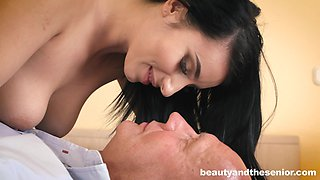 Bald grumpy dude flashes charming busty Nelly Kent and gets nice BJ