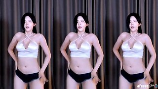 Korean Girl Sexy Dance