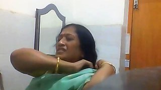 Indian Bengali Milf Aunty Changing Saree in Bathroom