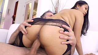Sharon Lee is known for her love of anal, but today it's all about her pussy