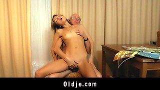 Nympho young girl fucking all day her old man