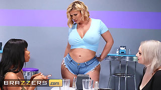 Brazzers Hot And Mean Jenna Foxx Julie Cash Maserati Ill Fuck Who Shes Fucking
