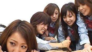 Asian schoolgirls are having a massive part5