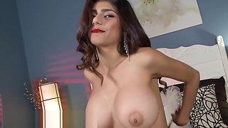 MIA KHALIFA - My First Ever Orgasm On Camera, Which I Gave To Myself