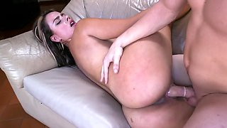 Colombiana with a thick ass gets rammed and creamed