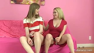 Futa mom teaches her daughter how to suck and pump a pussy