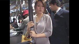 Dangerous bus japanese 01