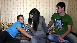 18 Videoz - Veronica - Fucking to relax and earn some cash