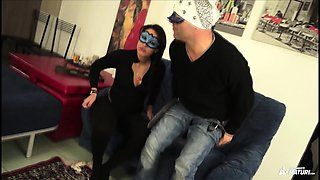 SCAMBISTI MATURI - Brunette Italian babe fucks with mask on